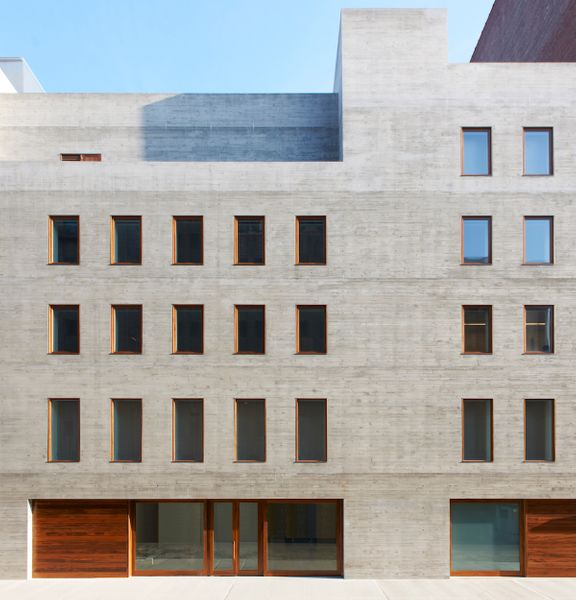 Projecting 30 Percent Sales Drop, David Zwirner Lays Off Nearly 40 Employees