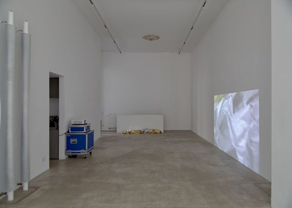 Berlin Floater 2019 – after Marfa Floater silver/gold, Marfa, 2009