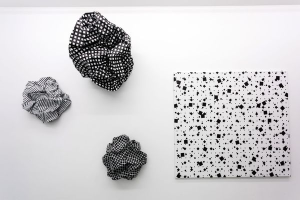Loving imperfectly by Esther Stocker, Galerie Alberta Pane | Paris (6 of 6)
