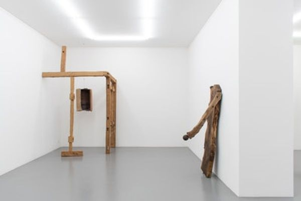 Combing Grounds by Jacobo Castellano, Mai 36 Galerie