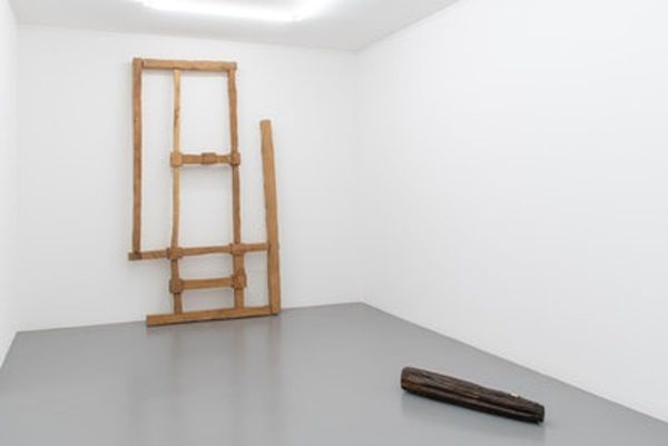 Combing Grounds by Jacobo Castellano, Mai 36 Galerie (4 of 5)