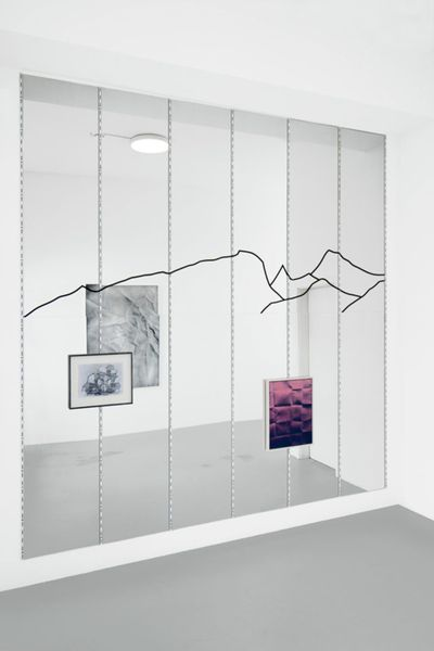 Line in the Sand (Group Exhibition), Galerie Thomas Fischer (3 of 4)