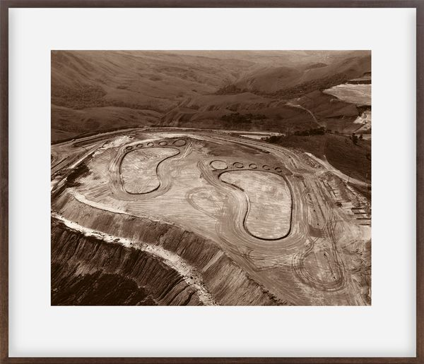 Pictures of Earthworks: Footsteps (João Pereira, Iron Mine)
