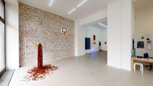 DUE TO — NOT SO A WHITE CUBE #18 (Group Exhibition), LAGE EGAL (5 of 6)